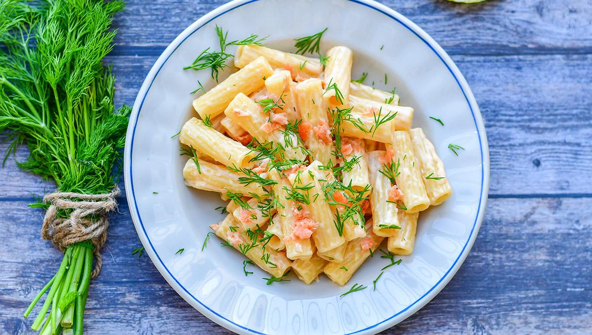 receta de macarrones con salmon ahumado skandia y queso
