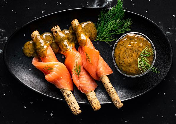 como preparar palitos de salmon con salsa de mostaza y eneldo