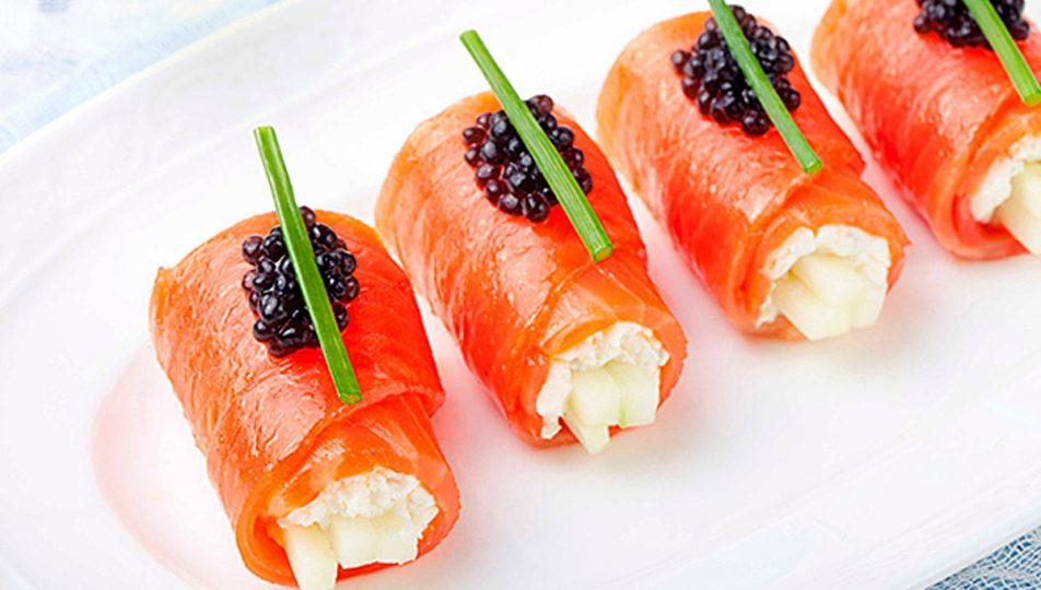 rollito de salmon pure con queso cabrales